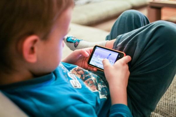 criancas-celulares